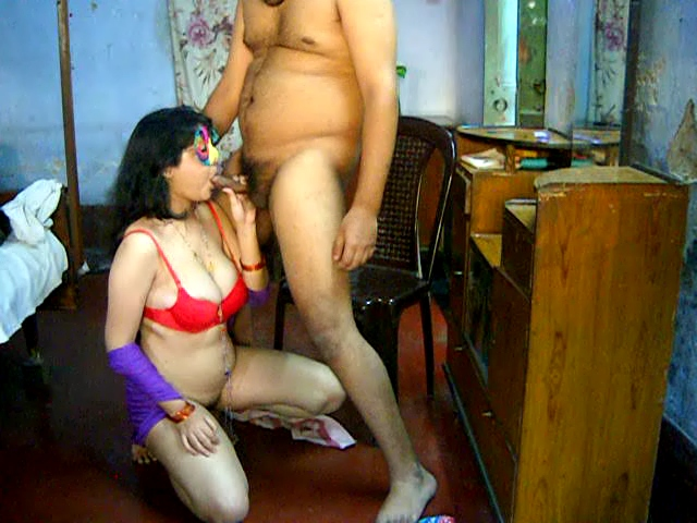 Savita gal 03. Excited savita bhabhi homemade juicy cock sucking